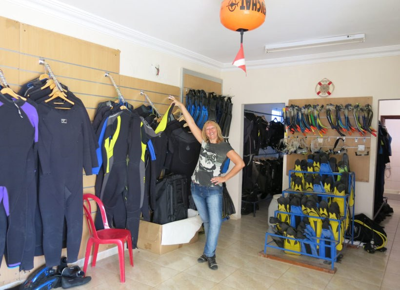 Red Sea Dive Center_Equipment