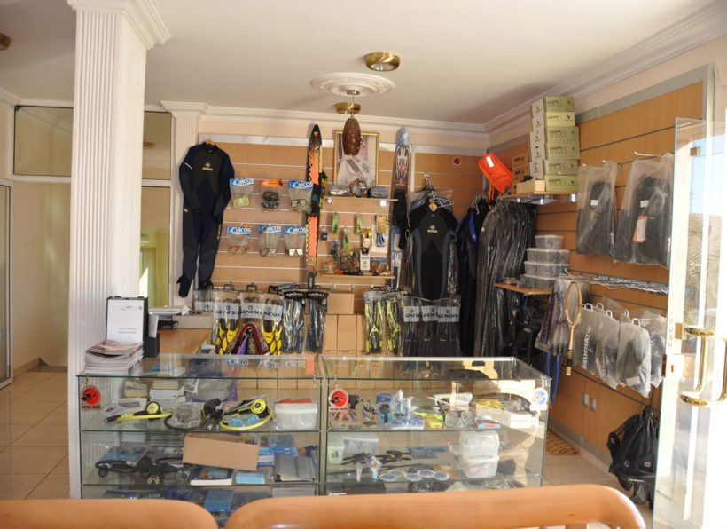 Red Sea Dive Center_Shop