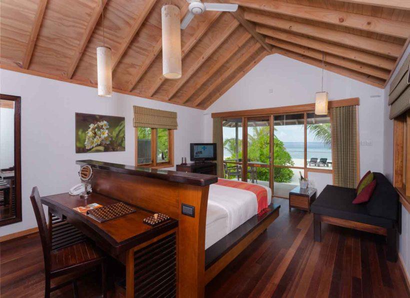 @Obofili / Beach Villa