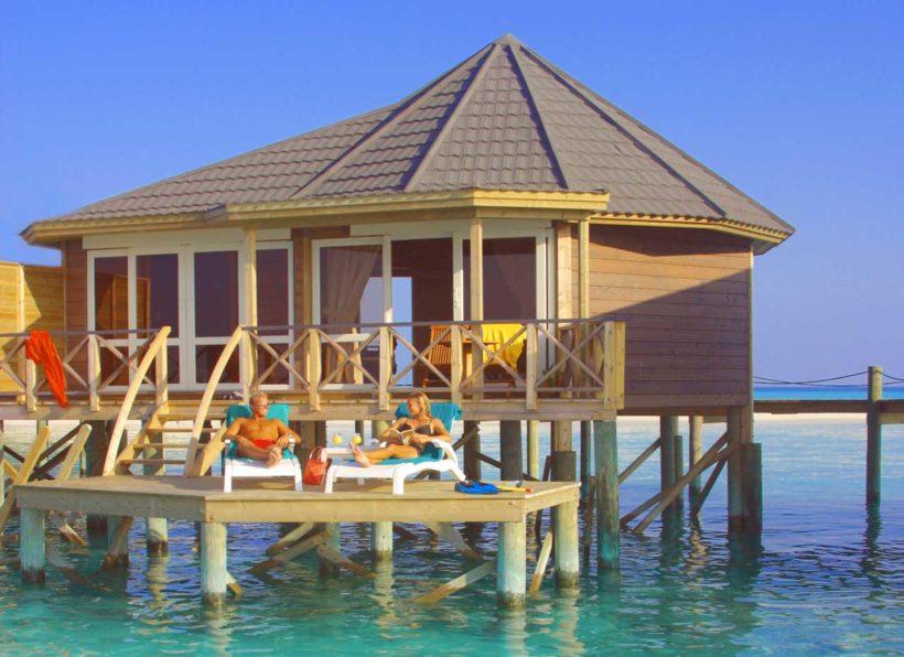 ©Caroline von Tuempling 2003, Kuredu Island Resort, Maldives