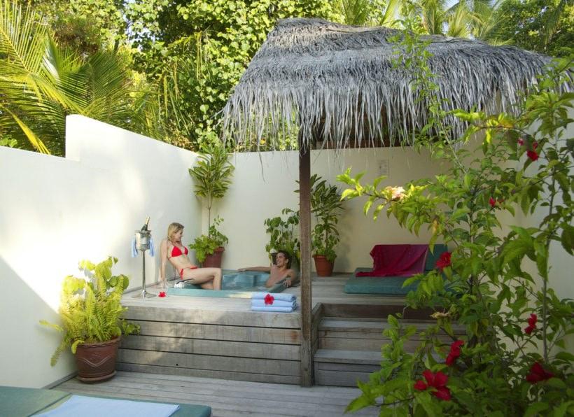 Meeru Island Resort / Water Front Villa