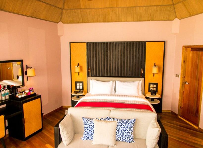 Meeru Island Resort Water Front Villa