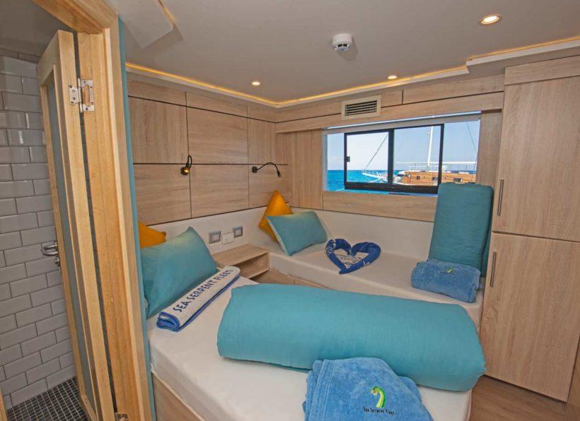 Eg-Sea-Serpent-Serena-Upper-deck-twin-cabin-mit-Zugang-zum-Bad