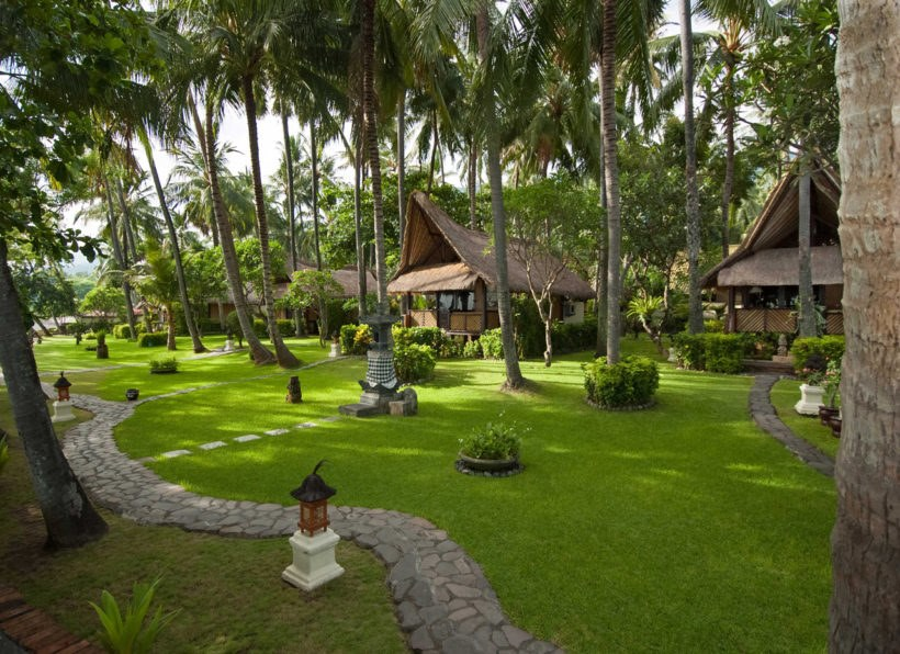 Alam Anda Ocean Front Resort and Spa