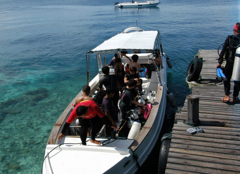 Kapalai Dive Center