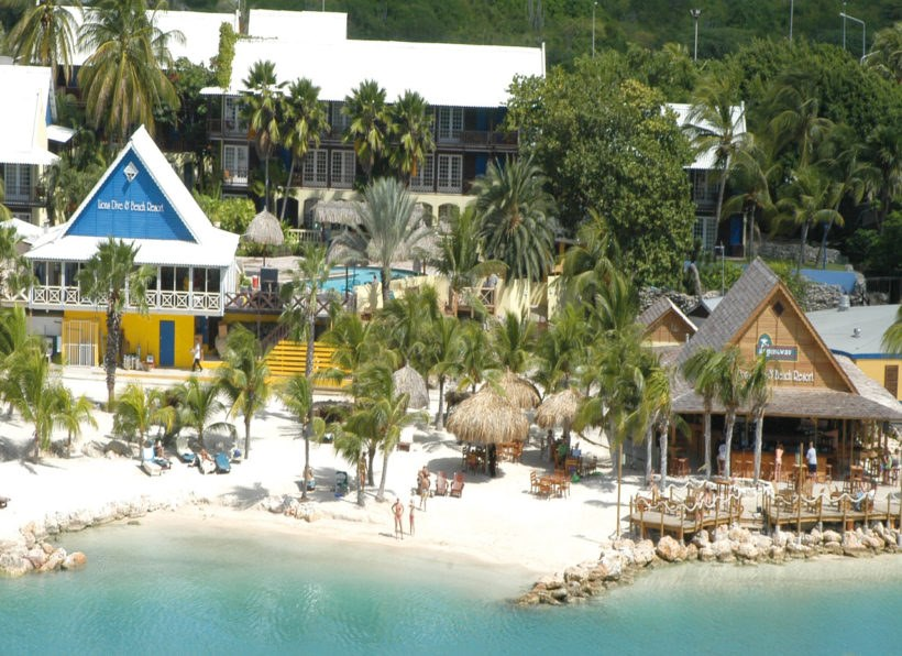 Lions Dive and Beach Resort