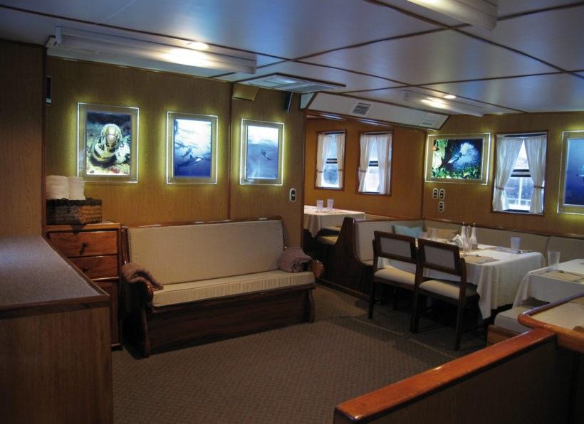 Undersea Hunter Sea Hunter Salon