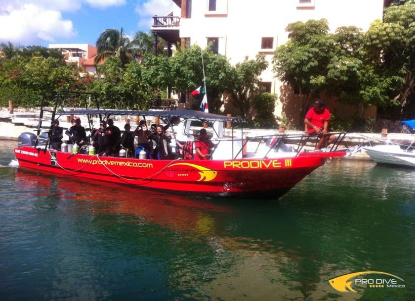 Prodive Catalonia Riviera Maya Tauchboot