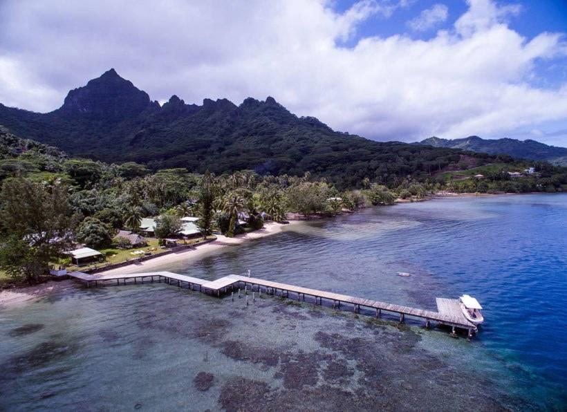 Linareva Moorea Beach Resort