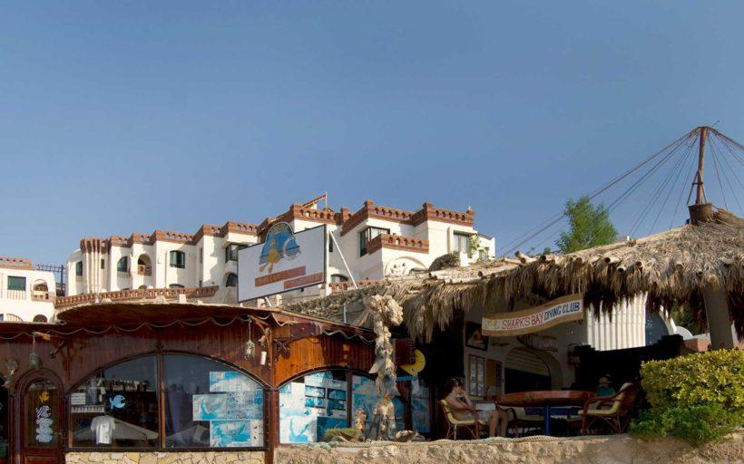 Sharks Bay Umbi Tauchbasis Bedouin Village