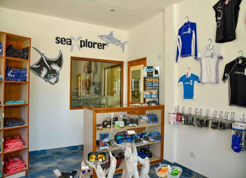 Sea Explorer Reethi Faru Dive Shop