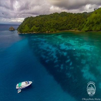 Boot vor Cocos Island