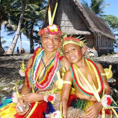 Polynesische Lebensfreude drücken diese Einheimischen aus