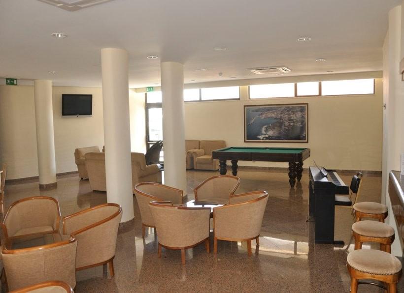 Hotel Caravelas Lobby