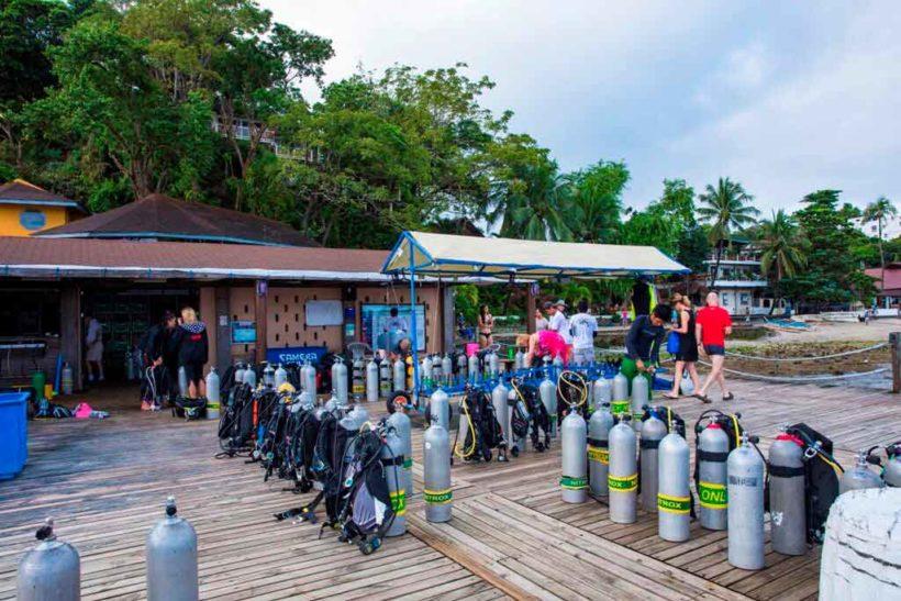 Asia Divers Täglicher Betrieb