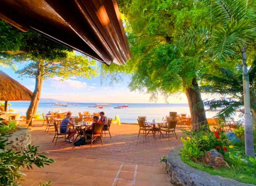 El Galleon Dive Resort Restaurantterasse