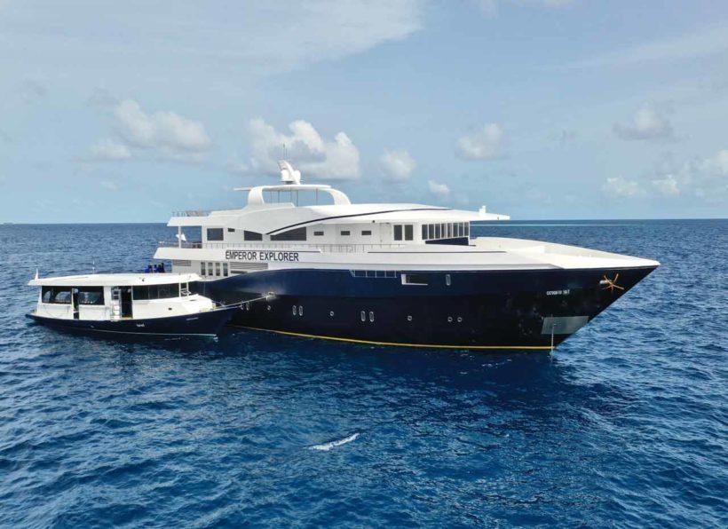 MV-Emperor-Explorer-Schiff Ansicht