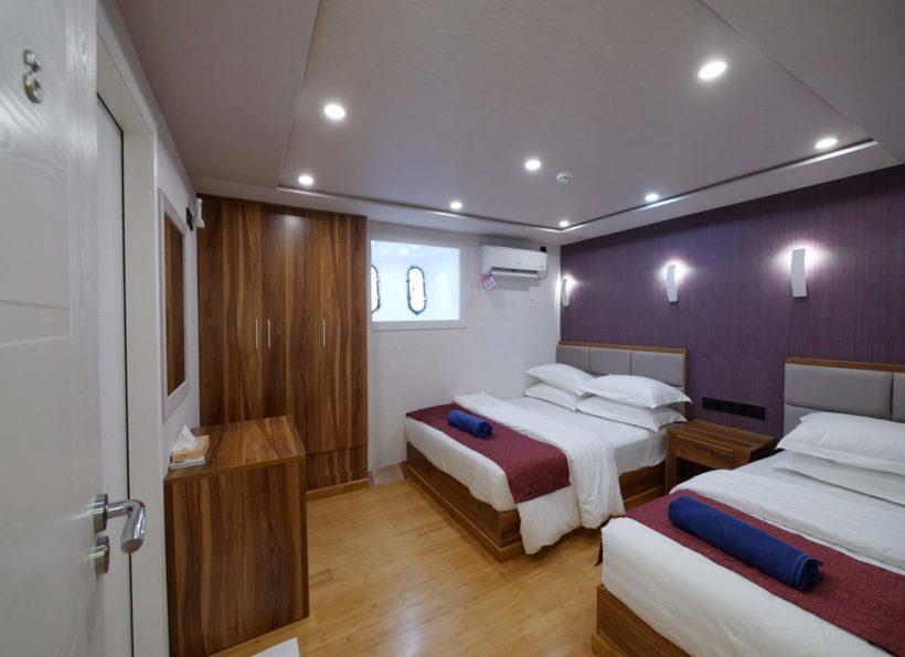 MV Emperor Explorer lower deck standard twin