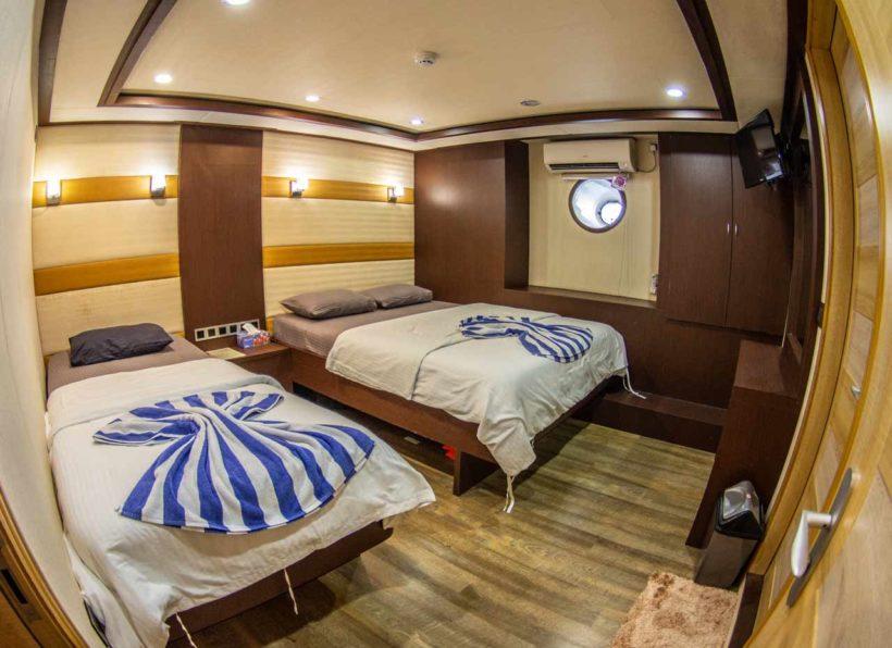 MV-Emperor-Serenity-lower-deck-standard-twin