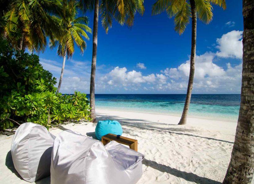 Mirihi Island Resort Anba Bar am Strand