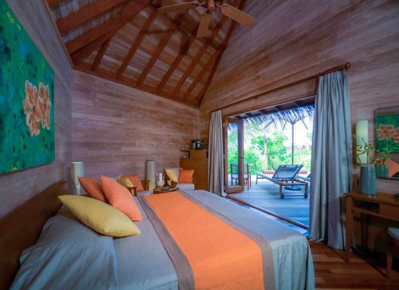 Mirihi Island Resort Beach Villa innen