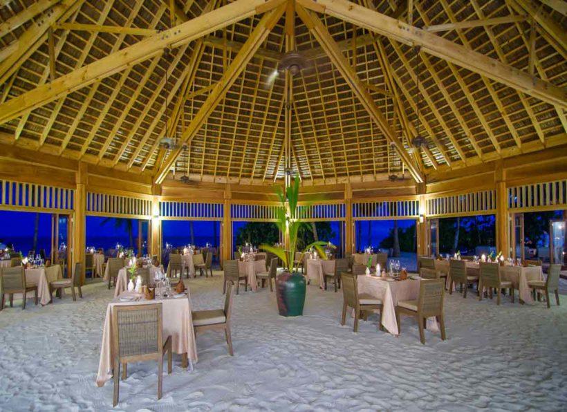 Mirihi Island Resort Dhonveli Restaurant innen